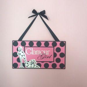 Glamour Girl Wall Decor